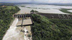 Aumenta el desfogue de la presa Peñitas por fuertes lluvias que se han registrado en estados del sur de México